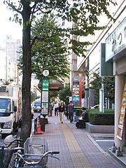 大久保通り(旧石焼ビビンパ工房前)